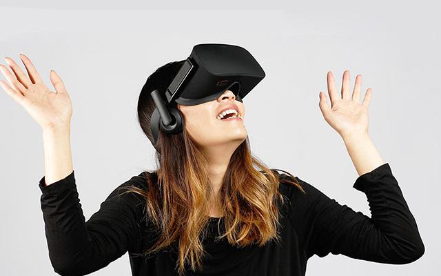 Очки виртуальной реальности Oculus Rift CV1 + Touch  фото